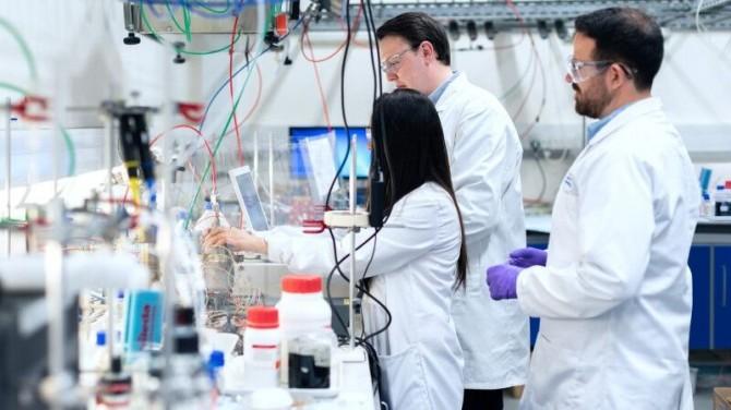 Американские ученые обнаружили две новые мутации коронавируса