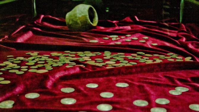 На ферме в Венгрии нашли клад из 7000 серебряных монет