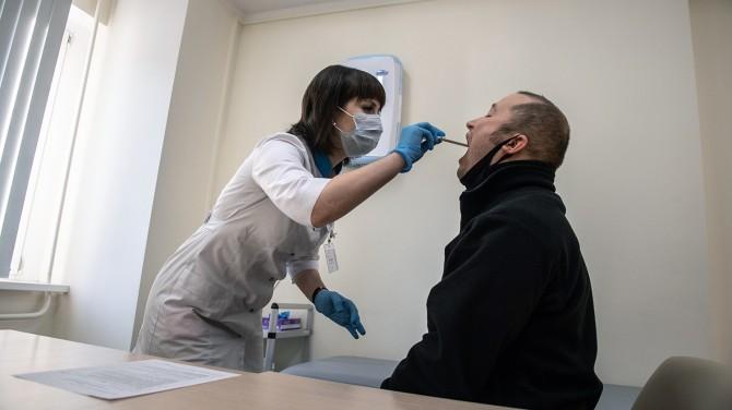Медики назвали главные симптомы перенесенного коронавируса