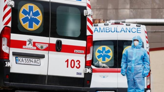 В Украине за сутки 3 285 новых случаев коронавируса
