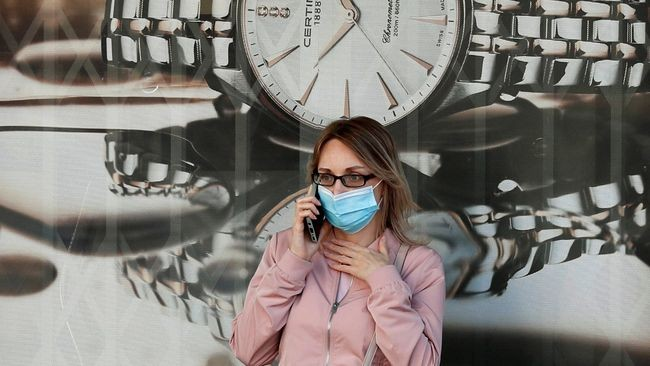 За сутки коронавирус в Украине обнаружили более чем у 10тысяч человек