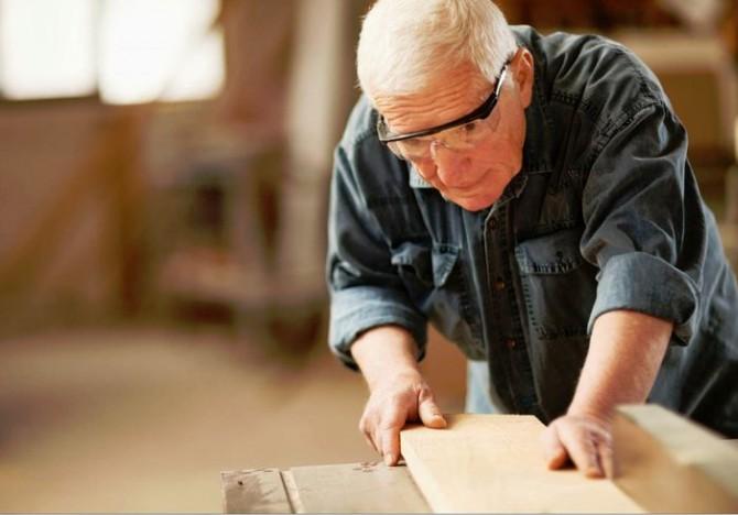 В Верховной Раде придумали, как массово трудоустроить пенсионеров