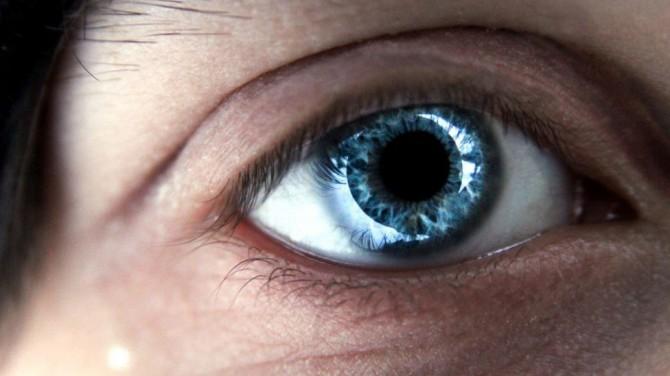 Швейцарские ученые нашли способ вернуть слепым зрение