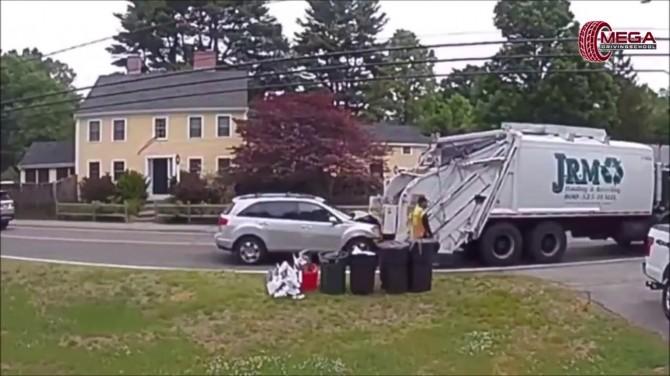 В США водитель кроссовера на полной скорости въехал в мусоровоз (ВИДЕО)