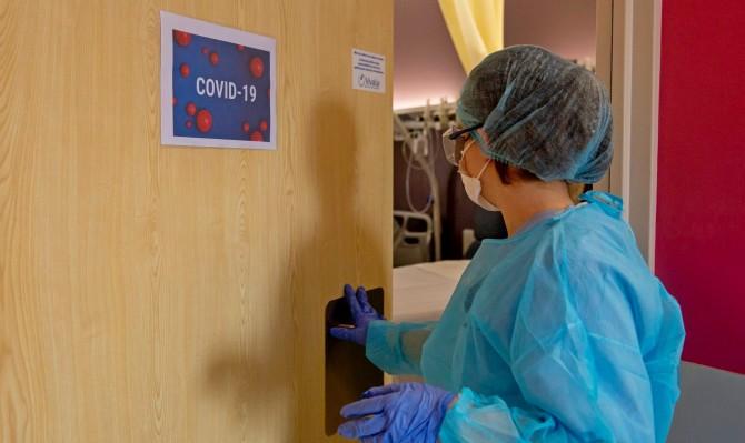 За сутки коронавирус в Украине обнаружили у 15292 человек