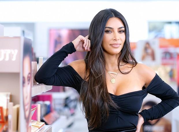 Ким Кардашьян продолжает худеть на фоне развода