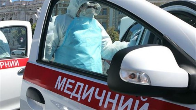 За сутки в Украине обнаружили более 13 тысяч инфицированных на ковид, общее число смертей превысило 35 тысяч