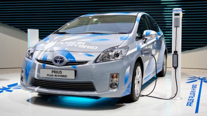 Невыпущенный электрокар компании Toyota заинтересовал больше половины жителей США