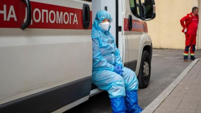 С начала пандемии жертвами коронавируса в Украине стали 40 тысяч украинцев