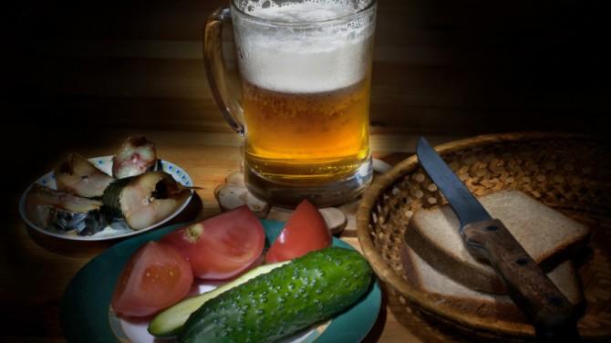 Французские ученые выяснили, сколько пузырьков образуется в стакане пива