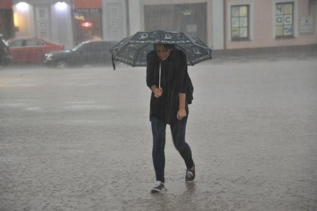 В Украине резко похолодает и пройдут дожди, потепление придет с воскресенья
