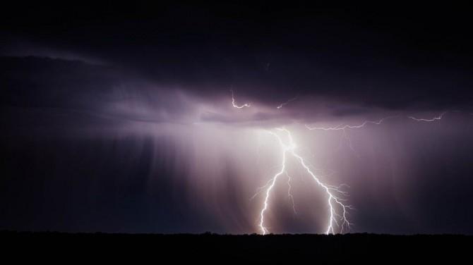 Американские физики раскрыли необычное влияние молний на атмосферу