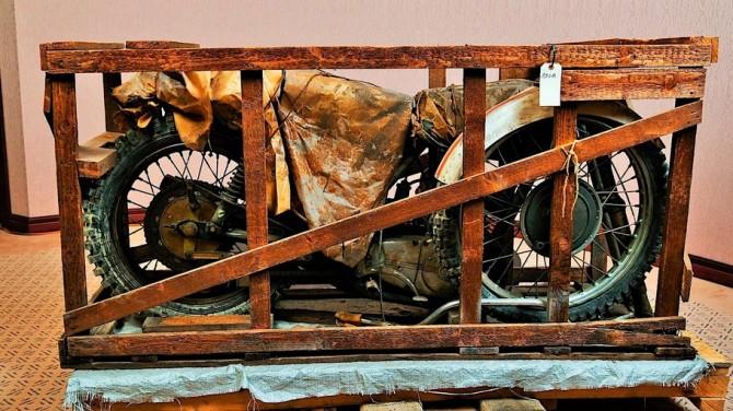 В Нью-Йорке нашли полувековой мотоцикл CZ в заводском ящике