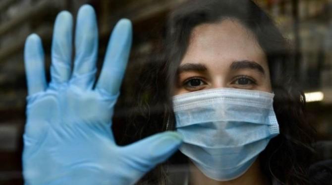 За минувшие сутки в Украине обнаружили почти 9000 больных, 19 тысяч пациентов выздоровели