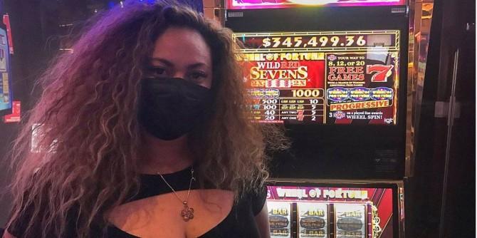 В одном из казино Лас-Вегаса туристка выиграла безумный джекпот в 3 часа ночи