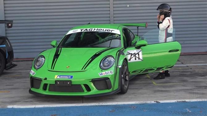Бабушка выехала на трассу в Монце на своем Porsche 911 GT3 RS (ВИДЕО)