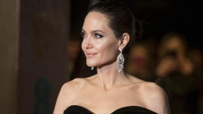 Анджелина Джоли провела вечер с первым мужем