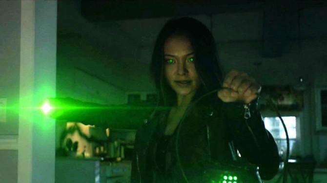 В трейлере 2 сезона «Старгёрл» показали дочь Зелёного фонаря