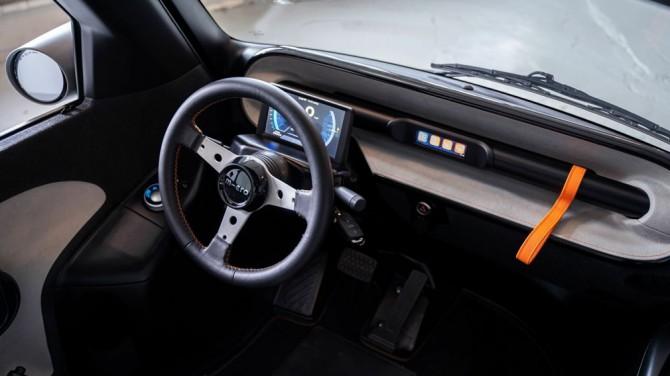 В сети показали однодверный электрокар по мотивам BMW Isetta
