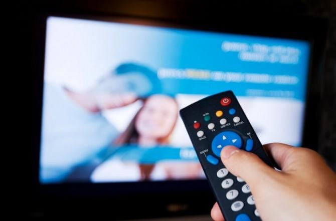 Украинцев предупредили об отключении популярных телеканалов