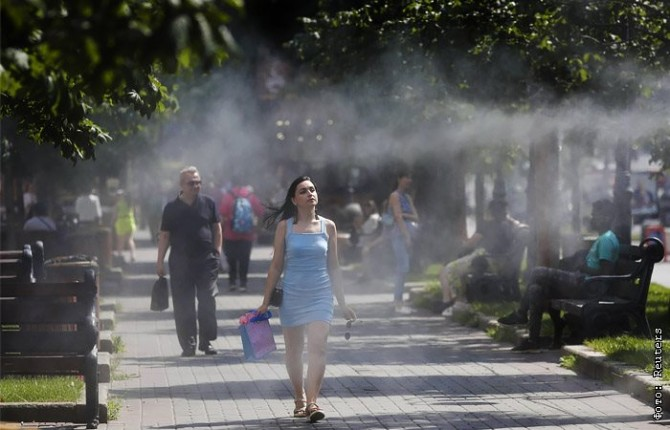 За сутки коронавирусом в Украине заболело почти 200 человек