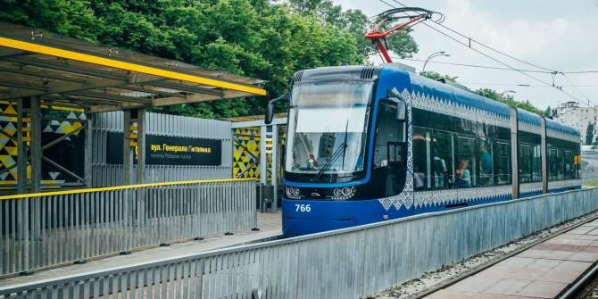 В Киеве линию скоростного трамвая продлят до центра города