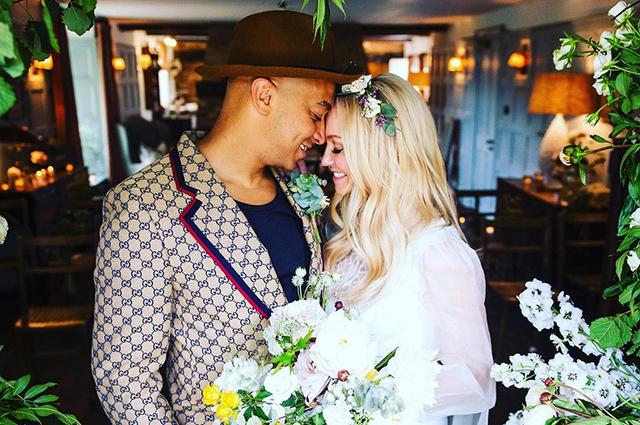 Солистка Spice Girls Эмма Бантон вышла замуж за отца своих сыновей Джонсона