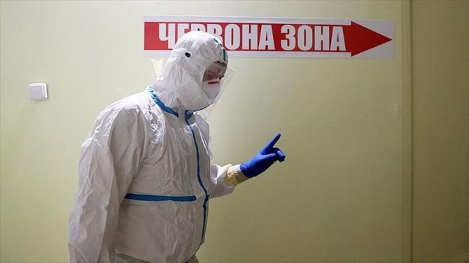 За сутки в Украине выявлено 700 новых случаев заболевания на коронавирус