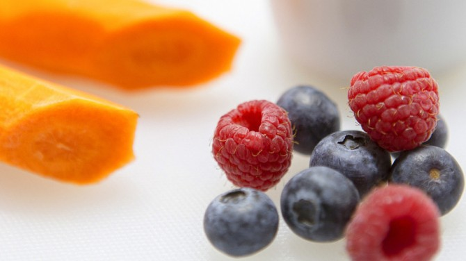 Диетолог назвала бодрящие и успокаивающие продукты