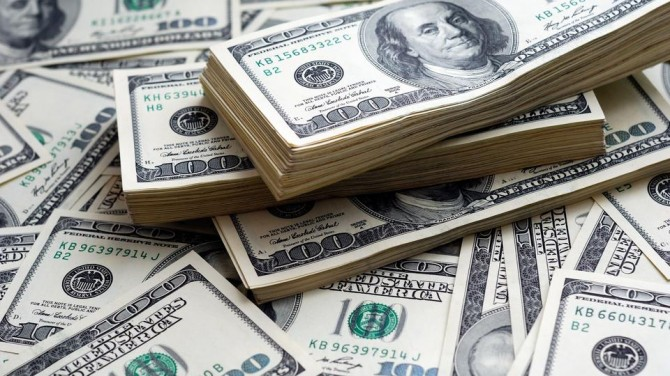 В США мужчина по ошибке получил на свой счет 50 миллиардов долларов