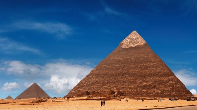 У подножия Великой пирамиды раскопали погребальную лодку Хеопса