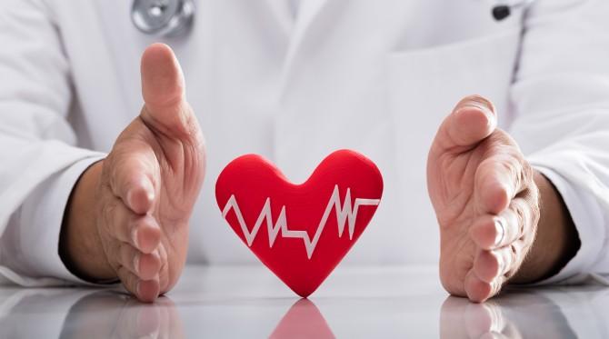 Названы 5 симптомов сердечного приступа, проявляющихся на коже