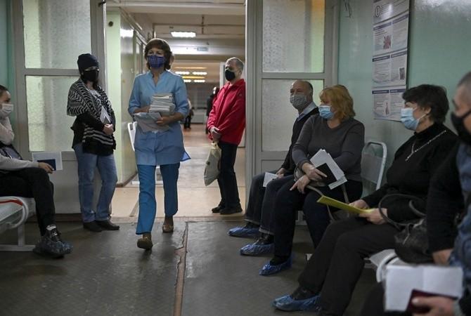 Радуцкий назвал два прогноза возможного всплеска эпидемии коронавируса в Украине
