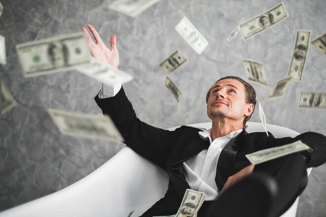 Налоговая по-новому будет проверять расходы украинцев