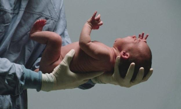 В Австралии новорожденный из-за редкого заболевания стал радиоактивным