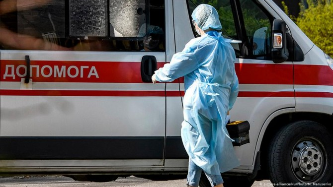 В Украине за сутки почти 1500 заболевших на ковид