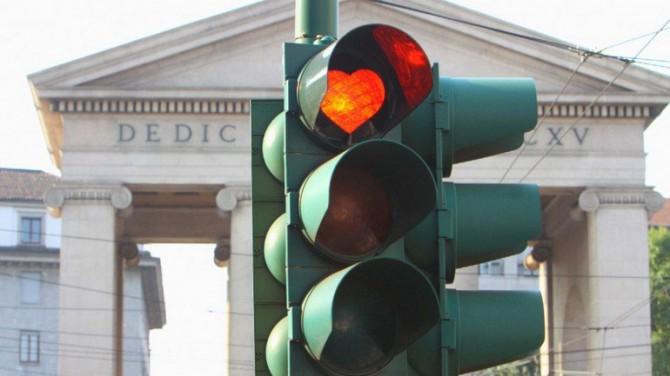 В Италии светофоры могут штрафовать нарушителей ПДД