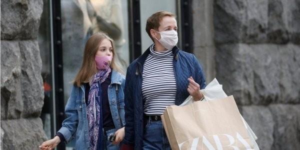 За сутки в Украине обнаружили почти 4000 инфицированных COVID-19