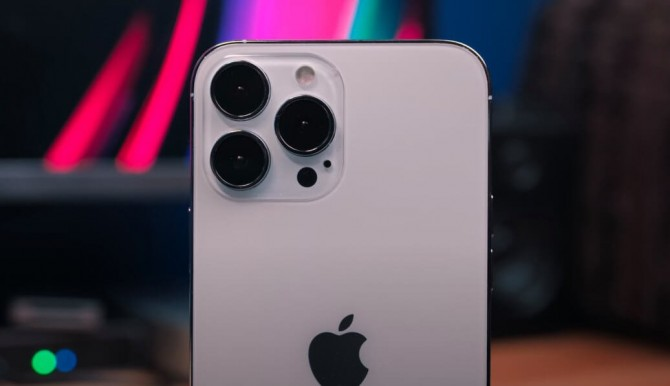 Apple может показать новый iPhone 13 на презентации в сентябре