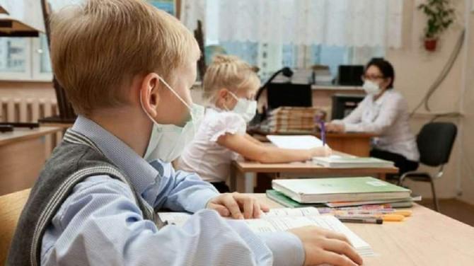 В Киеве могут закрыть школы уже в сентябре