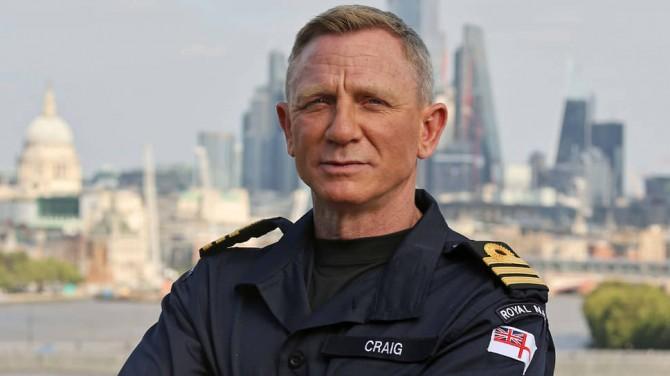 Дэниэл Крейг стал почетным коммандером ВМС Британии
