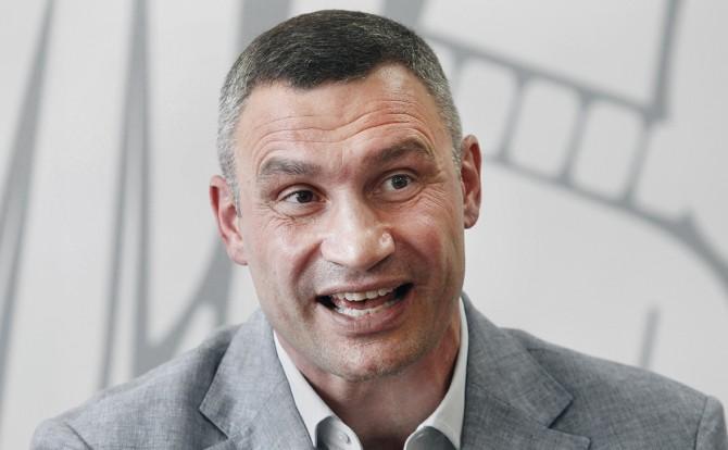 Киевский мер собирается запретить невакцинированным киевлянам пользоваться транспортом и ходить в кафе