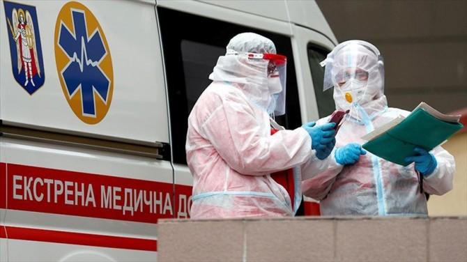В Украине за сутки почти 10 тысяч новых случаев COVID-19