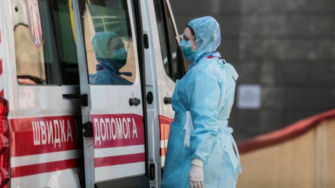 В Украине больше 15 тысяч новых случаев COVID-19 за сутки