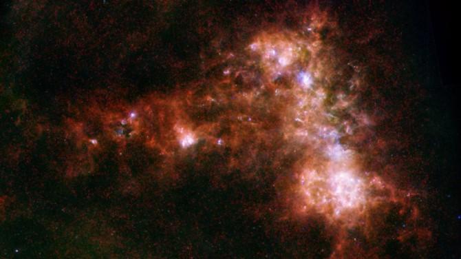 Возле мертвой звезды впервые нашли гигантскую планету